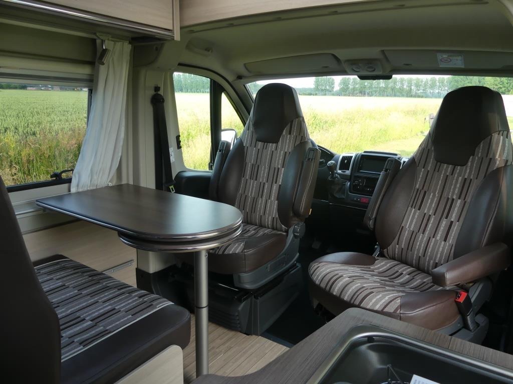 Camperverhuur Vonk Camperhuren.nu - Buscamper Pössl Roadstar 600L  (3)